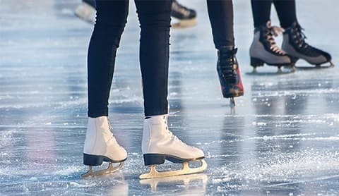 Highest outdoor skating rink opens in the UAE