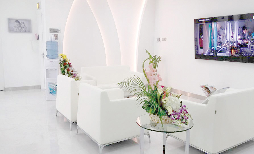 6596847a-a4a9-4123-bc50-d57f0783755f_Dr--joy-Dental-Clinic-BurJuman-Waiting