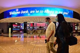 Dubai resumes normal working hours