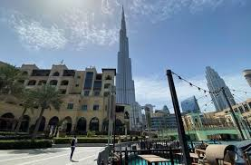 Dubai non-oil private sector emerges from contraction