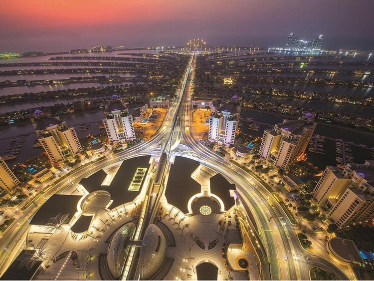 Palm Jumeirah gets its highest point - The View at 240m