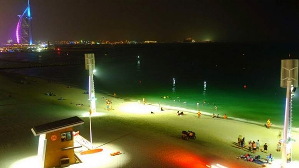 night beach dubai